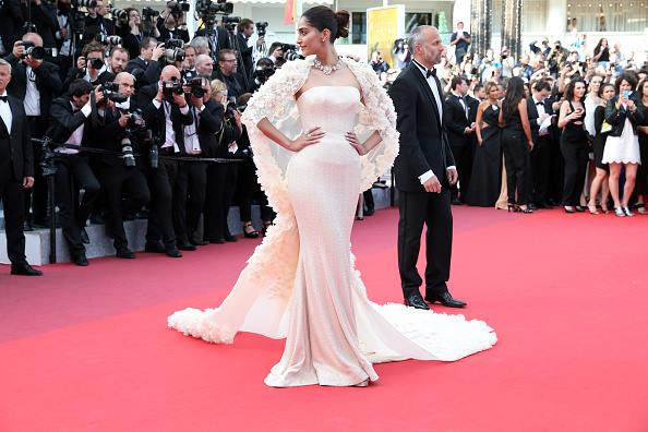 Sonam Kapoor at Cannes 2016, Day 2 (1)