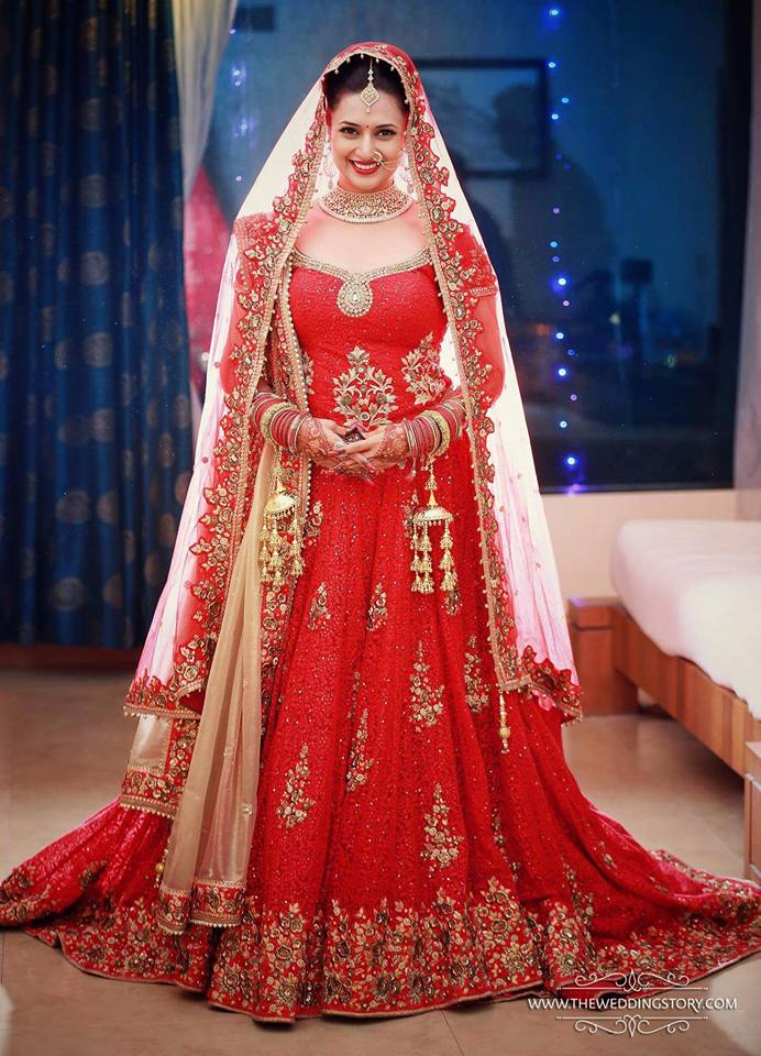 Photos - Divyanka Tripathi & Vivek Dahiya Wedding & Reception Pics (25)