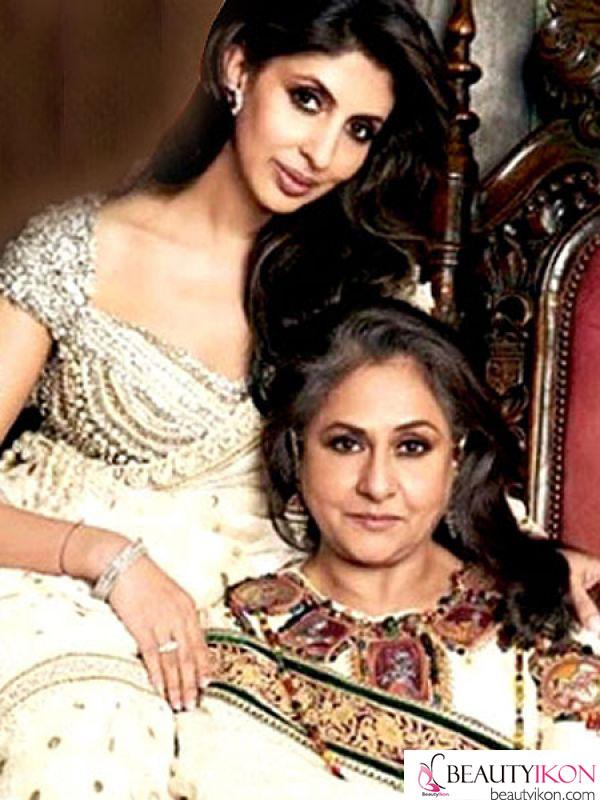 2_Jaya-Bachchan-and-Shweta-Nanda_BI