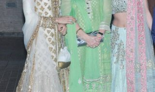 6_Babita and Karisma Kapoor Kareena Kapoor Khan