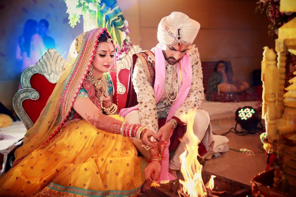 Photos - Divyanka Tripathi & Vivek Dahiya Wedding & Reception Pics (10)