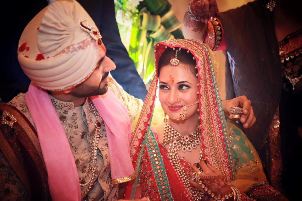 Photos - Divyanka Tripathi & Vivek Dahiya Wedding & Reception Pics (11)