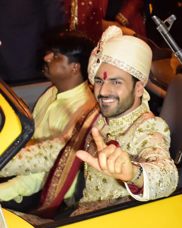 Photos - Divyanka Tripathi & Vivek Dahiya Wedding & Reception Pics (15)