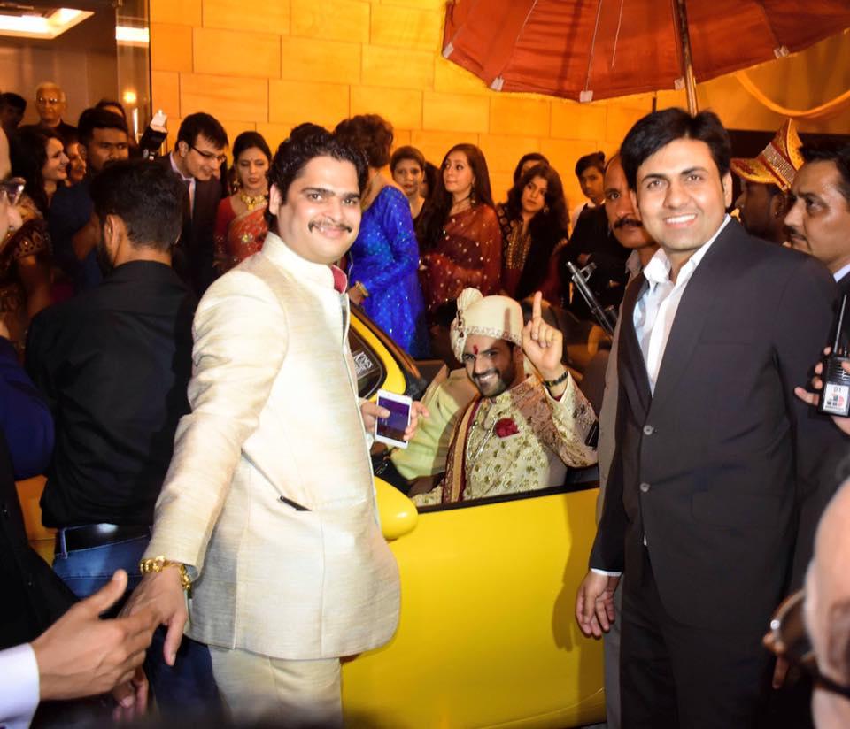 Photos - Divyanka Tripathi & Vivek Dahiya Wedding & Reception Pics (2)