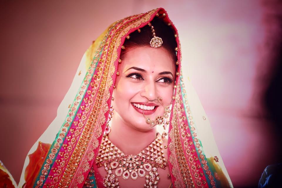 Photos - Divyanka Tripathi & Vivek Dahiya Wedding & Reception Pics (3)