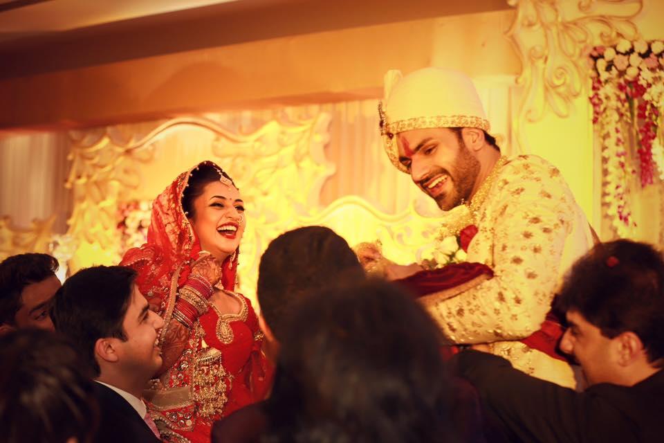 Photos - Divyanka Tripathi & Vivek Dahiya Wedding & Reception Pics (4)