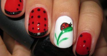 Different nail art